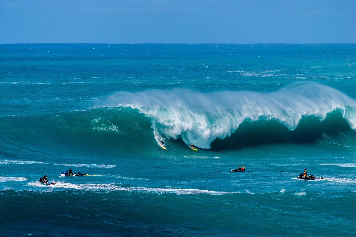 Pipeline Surf Report, Live Surf Cams & 17-Day Surf Forecast