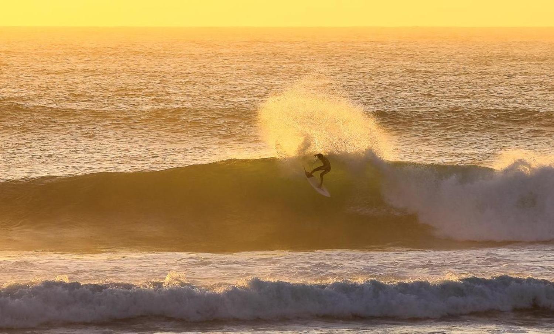60d776914e Supertubos Surf Report & Forecast - Live Surf Cam - Surfline